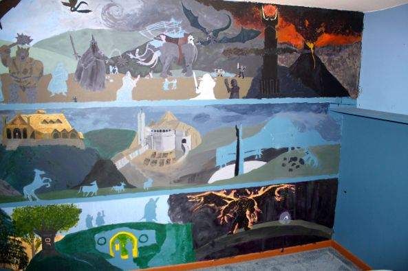 LOTR mural, right side